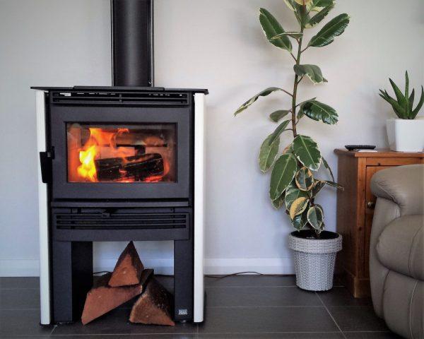 Freestanding Wood Heaters Neo 1.6 Wood Heater – Heats 250 m2